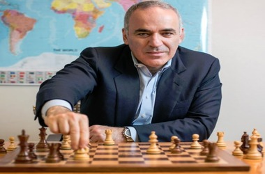 Gary Kasparov Voices Support to Bitcoin, Altcoin & Blockchain Tech