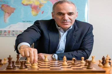 Gary Kasparov Voices Support to Bitcoin, Altcoin & Blockchain Tech